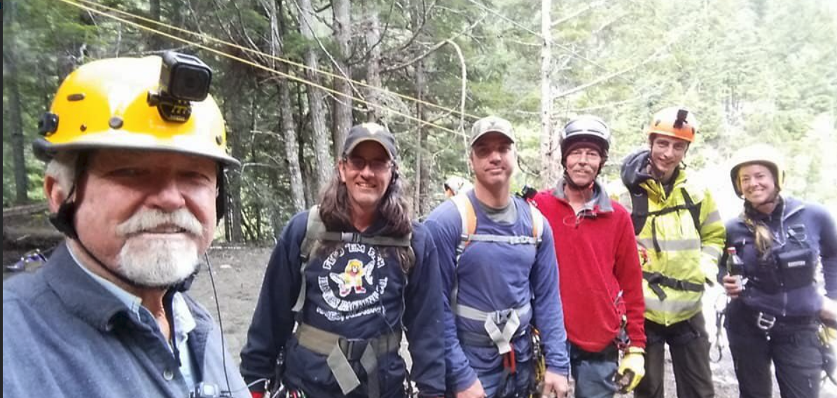 Dakota Fred Hurt, Dustin Hurt, Gold Rush: White Water-https://twitter.com/GoldrushFred/status/955616932199215104
