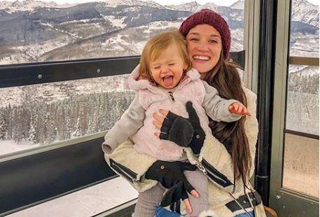 Jade Roper Tolbert with daughter from Instagram