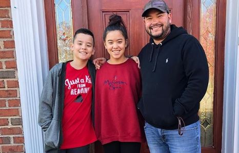 Jon Gosselin with his kids