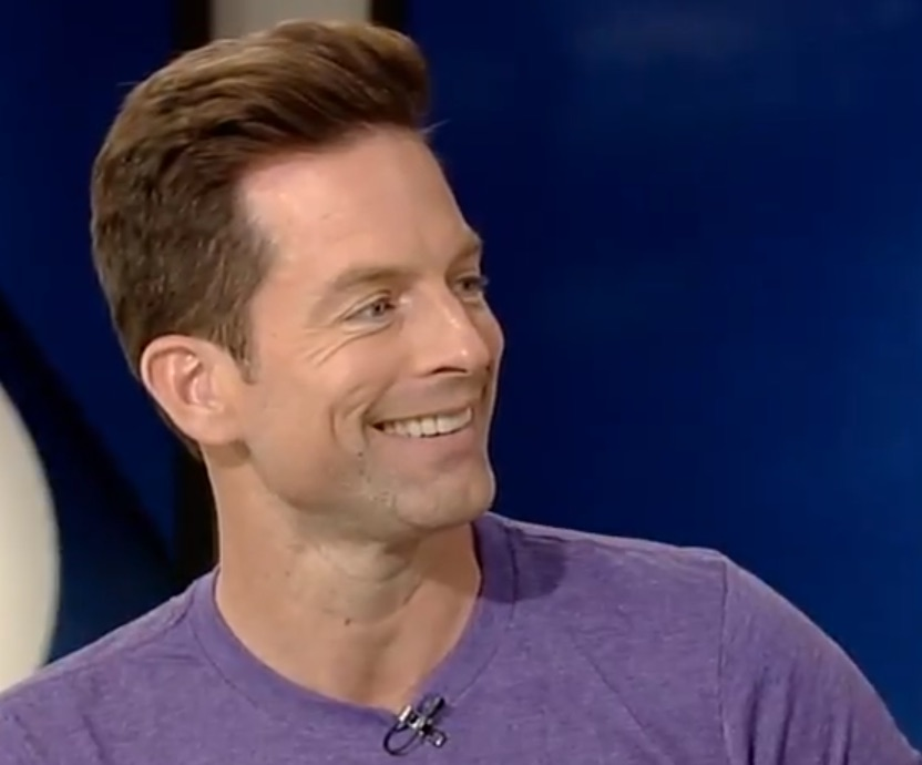Michael Muhney, Young and the Restless-https://www.youtube.com/watch?time_continue=5&v=41l0pBrYhSk