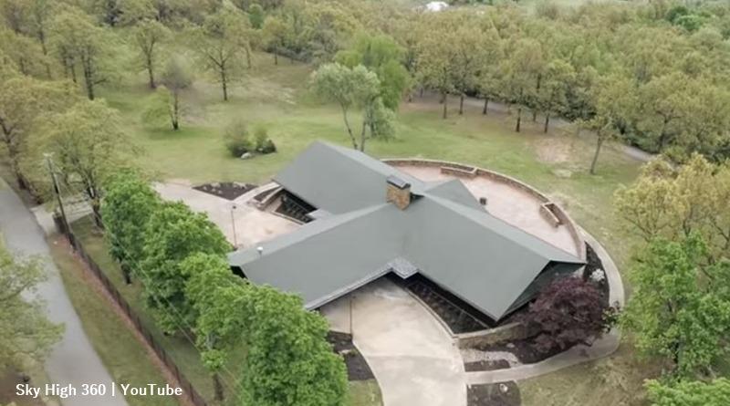 Duggar Family Mansion