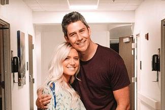 Bachelor star Arie Luyendyk Instagram