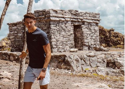 Connor S from Instagram Bachelor in Paradise