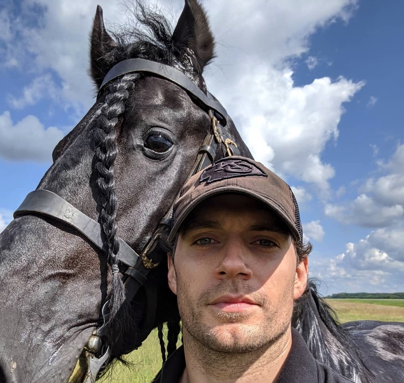 Henry Cavill, Geralt of Riva, The Witcher-https://www.instagram.com/p/ByIlWVGBFZ6/