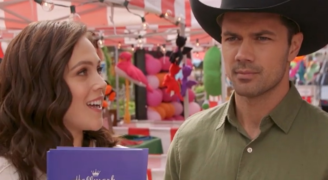 Erin Krakow, Ryan Paevey, A Summer Romance, Hallmark-https://www.youtube.com/watch?v=D-Xi_FzCQ0o