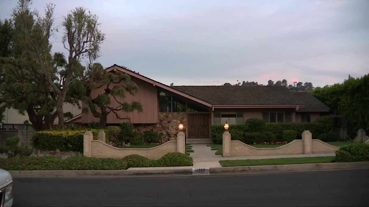 Brady House, YouTube
