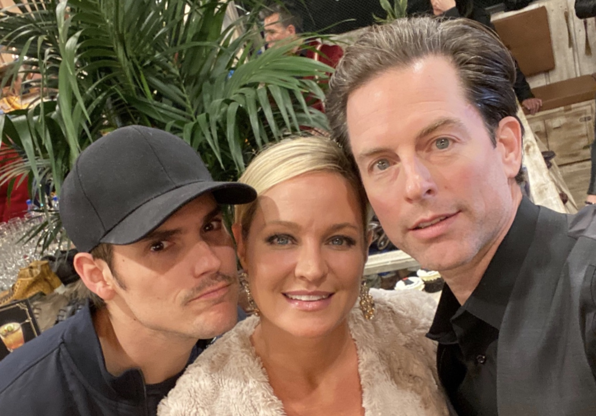 Mark Grossman, Sharon Case, Michael Muhney, Shadam, Adam Newman, Young and the Restless-https://twitter.com/michaelmuhney/status/1207138842739757056/photo/1