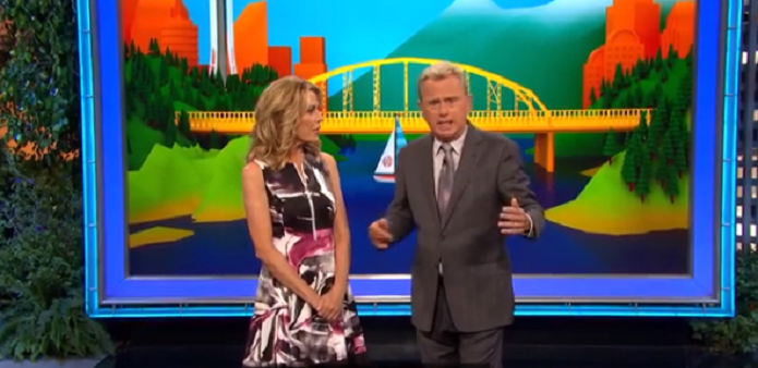wheel of fortune's vanna white and pat sajak
