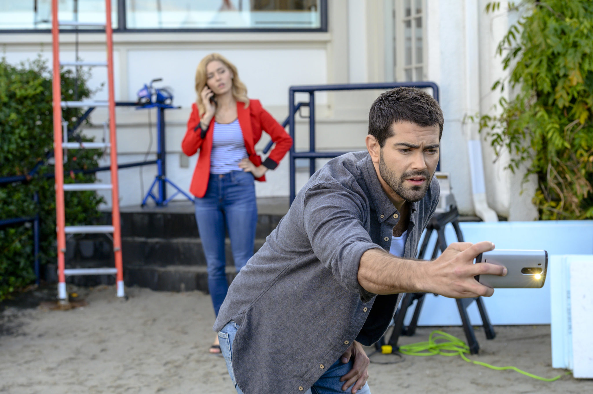 Hallmark's Martha's Vineyard Mysteries: A Beautiful Place To Die, Photo: Sarah Lind, Jesse Metcalfe Credit: ©2019 Crown Media United States LLC/Photographer: Hugh Tull