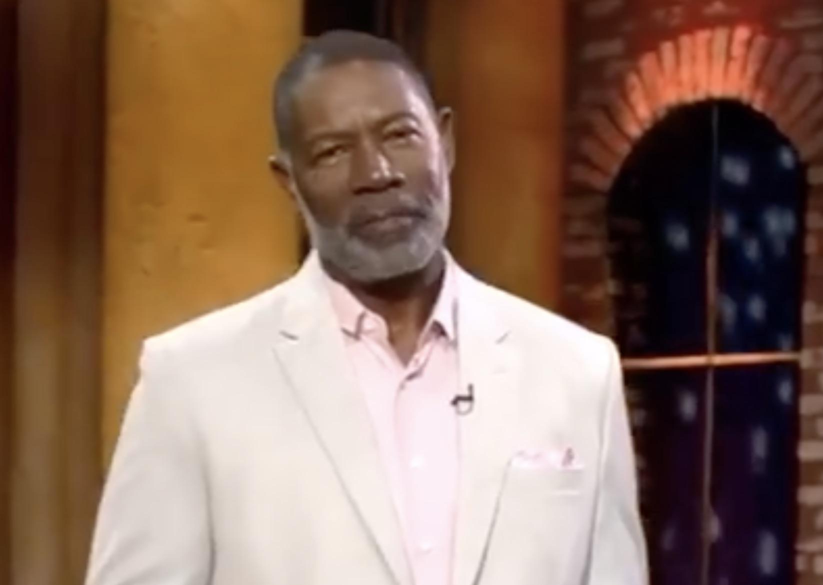 Lucifer Casts God Lucifer Amenadiel S Father For Season 5