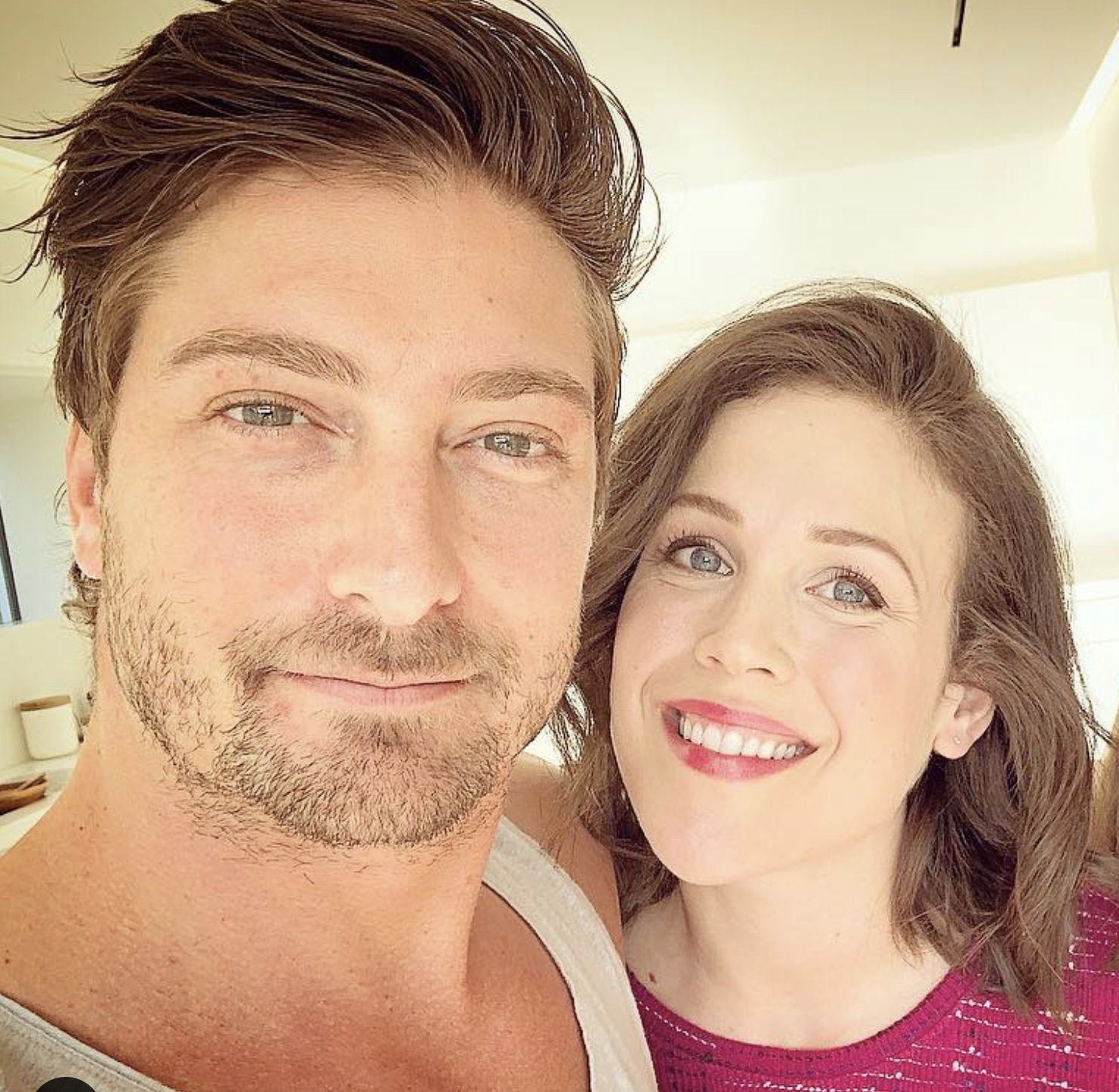 Daniel Lissing, Erin Krakow, When Calls The Heart-https://www.instagram.com/p/BnR55wCHrr8/