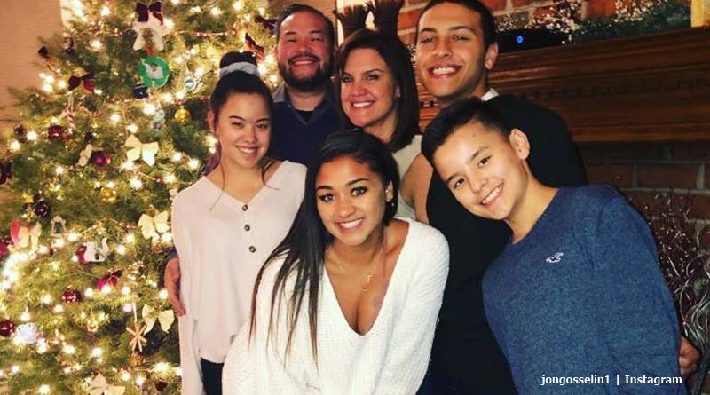 The Gosselins Christmas 2020 Jon Gosselin Says Kate Won't Allow Collin To See His Siblings   Tv