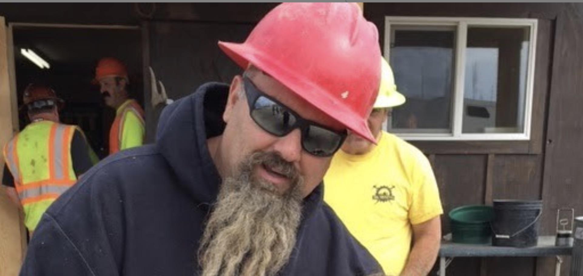 Gold Rush, Todd Hoffman-https://www.instagram.com/p/B67OSSTjwkv/