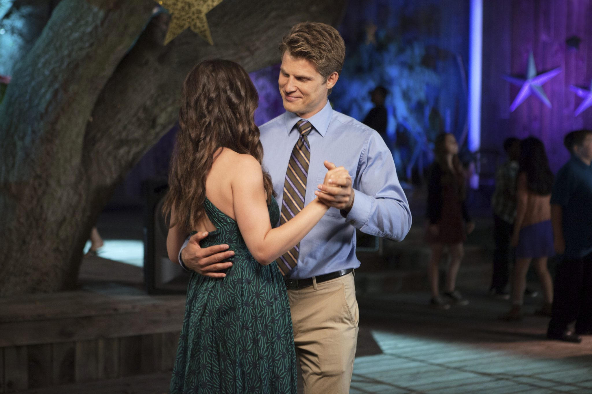 Hallmark, Adventures in Love and Babysitting, Photo: Tammin Sursok, Travis Van Winkle Credit: ©2020 Crown Media United States LLC/Photographer: Courtesy Larry Levinson Productions
