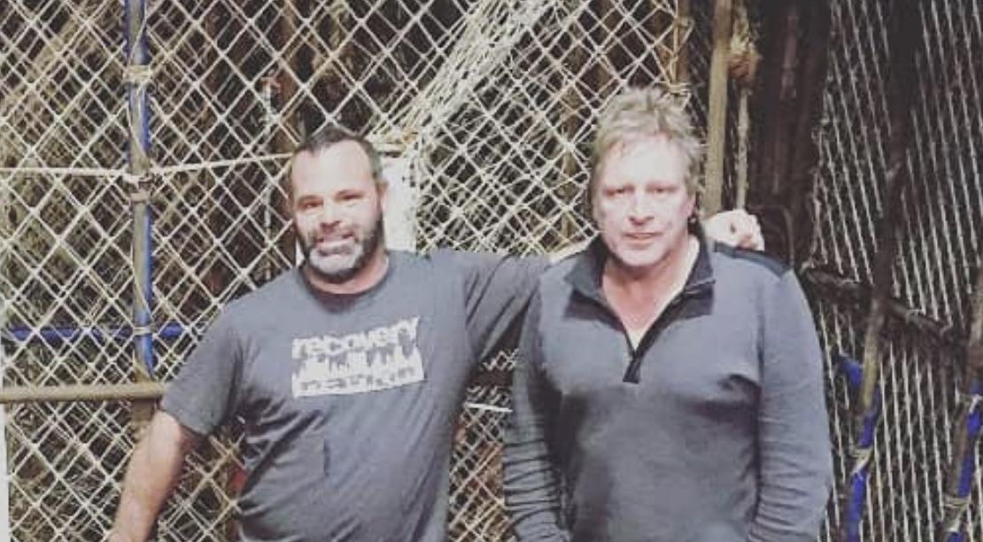 Matt Bradley, Sig Hansen, Deadliest Catch-https://www.instagram.com/p/BpXTgfcnxqp/