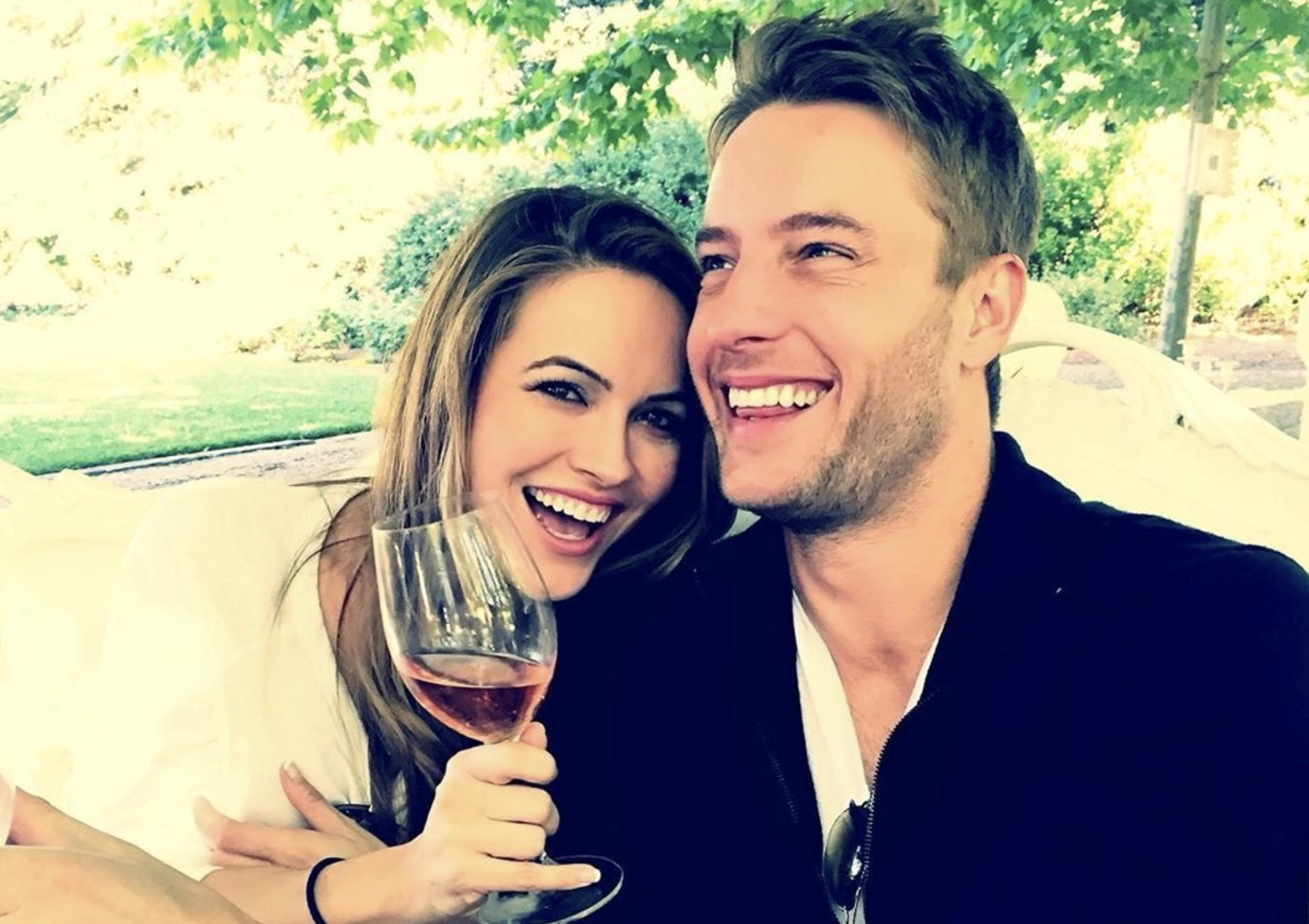 Chrishell Stause, Justin Hartley-https://www.instagram.com/p/BxiWhY5nGCP/