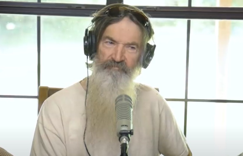 Duck Dynasty, Phil Robertson-https://www.youtube.com/watch?time_continue=2&v=9n4Ab6mL9W0&feature=emb_logo