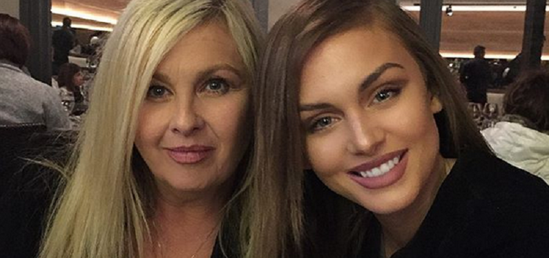 lala kent with her mom