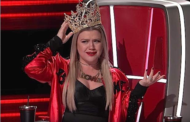 Kelly Clarkson The Voice, Episode Screen Shot - Youtube.