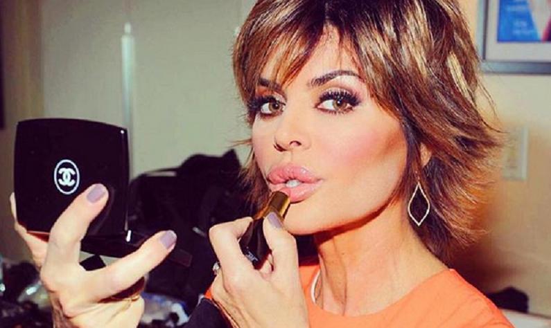 lisa rinna instagram selfie
