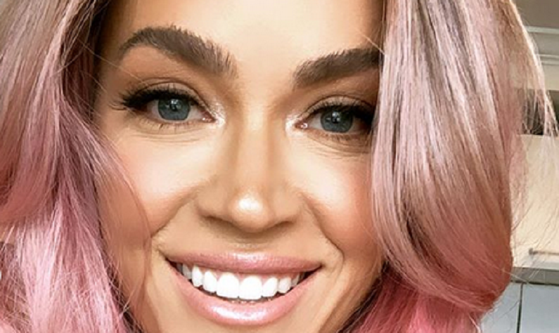 teddi mellencamp new pink hair instagram post