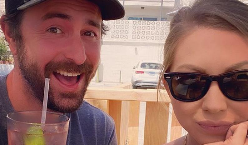 beau clark and pregnant stassi schroeder instagram selfie