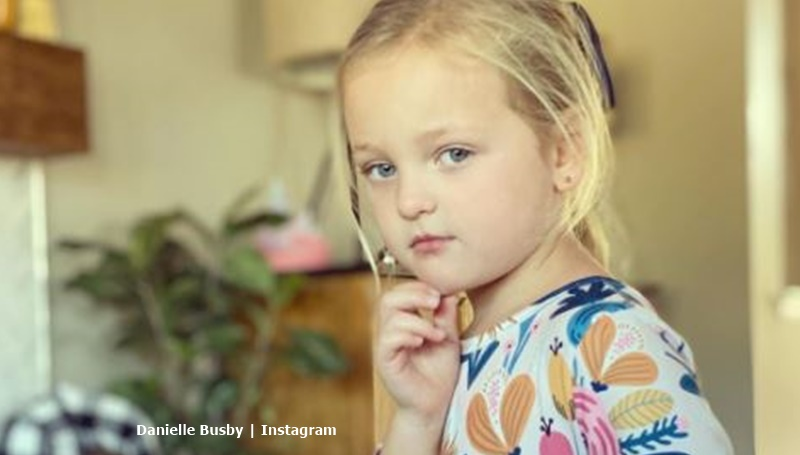 OutDaughtered Olivia in floral graeson bee