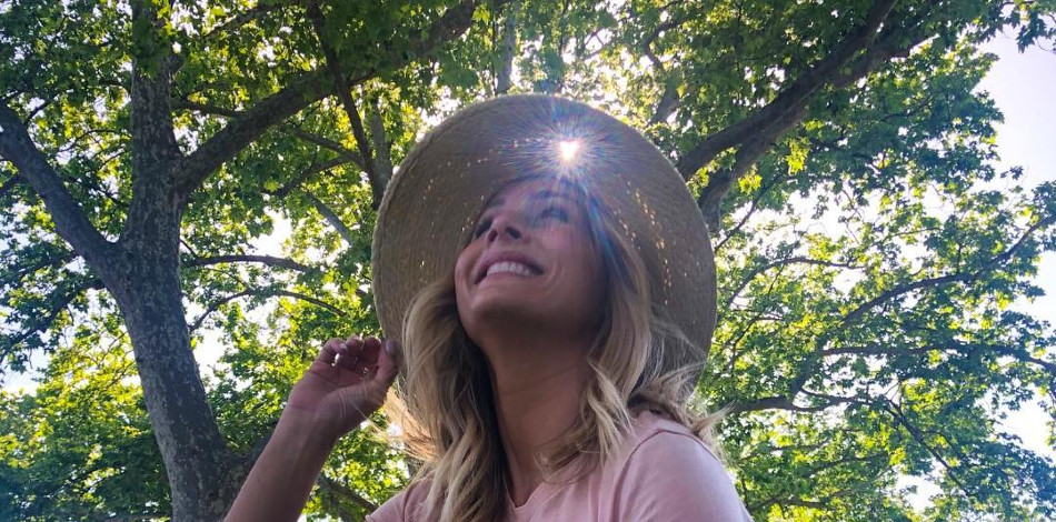 The Bachelorette Clare Crawley Instagram