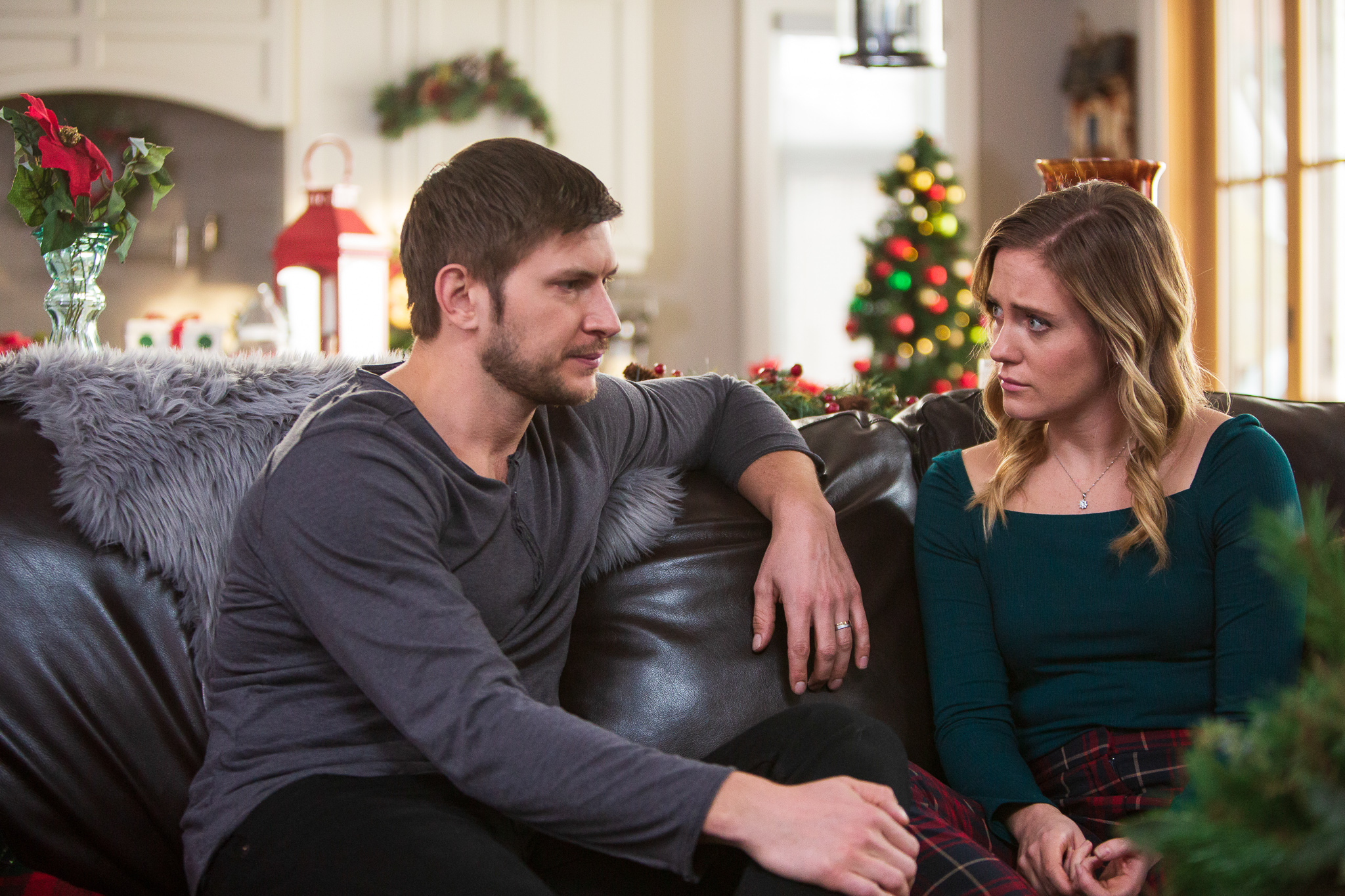 A Very Country Christmas 2020 UPtv's 'A Very Country Christmas Homecoming': Third Movie In Series