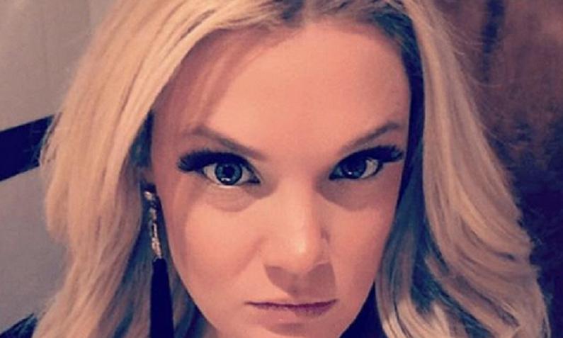 ashley martson instagram selfie