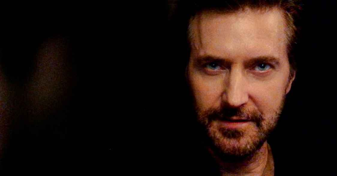 Richard Armitage will star in Netflix's new drama Stay Close