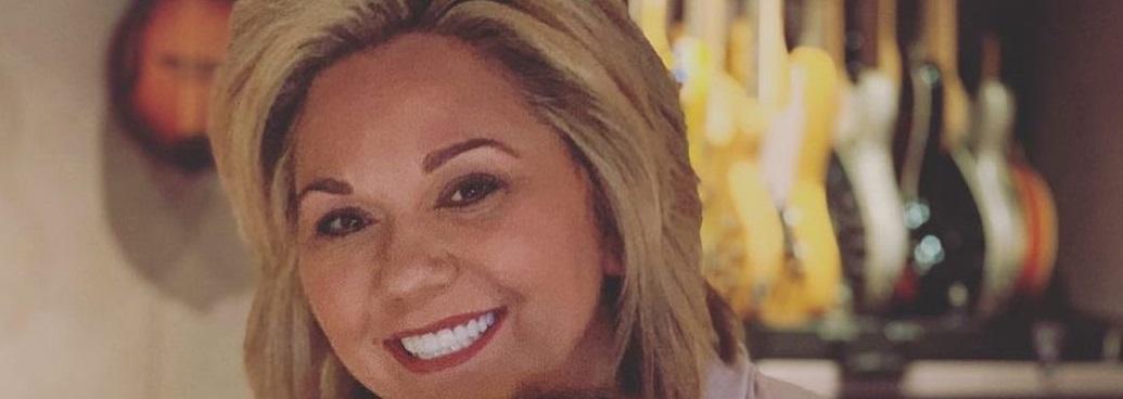 Julie Chrisley Rocks Savannah Inspired Stylish Short Hair Cut See Photo