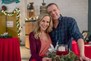 Hallmark, Christmas Homecoming, Photo:Julie Benz, Michael Shanks Credit: Copyright 2017 Crown Media United States LLC/Photographer: Ricardo Hubbs