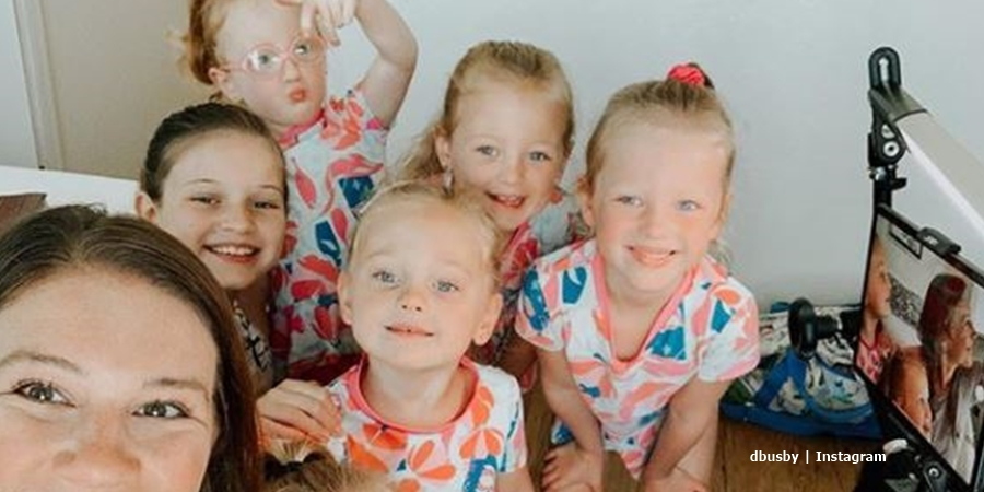 OutDaughtered quints and their mom Danielle