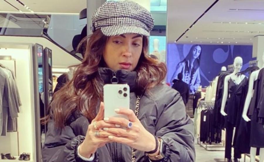Seema Khan, Instagram