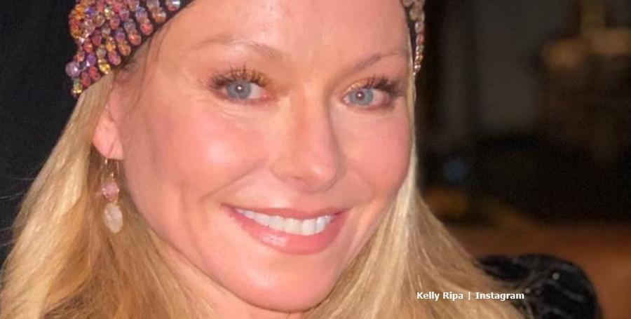 Kelly Ripa does Kickstart Challenge