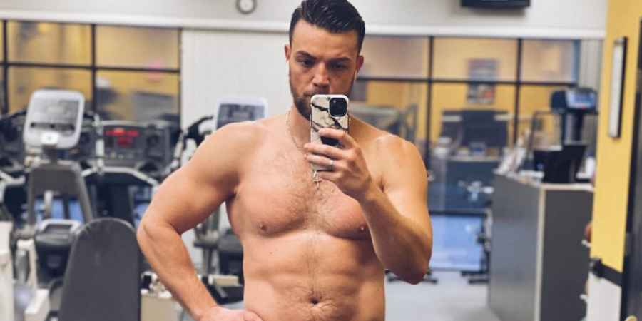 90 Day Fiance star Andrei Castravet on his OnlyFans account
