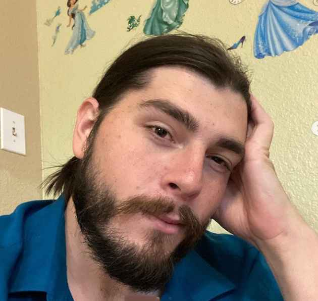Andrew from 90 Day Fiance Season 8