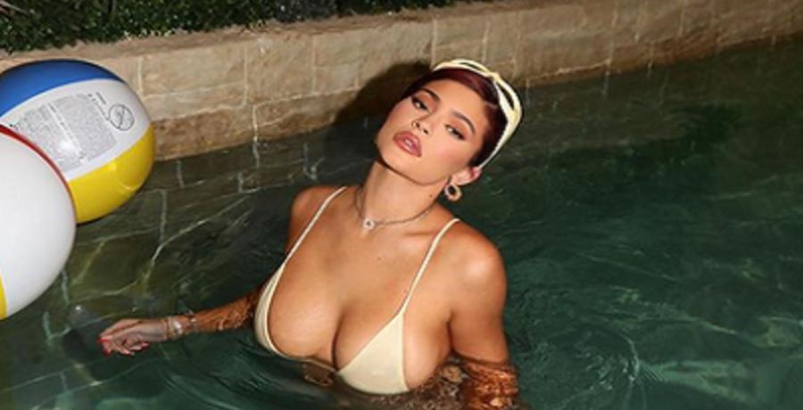 kylie jenner bikini photos