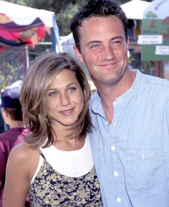 Matthew Perry is selling Friends t-shirts to aid WHO's COVID-19 relief efforts