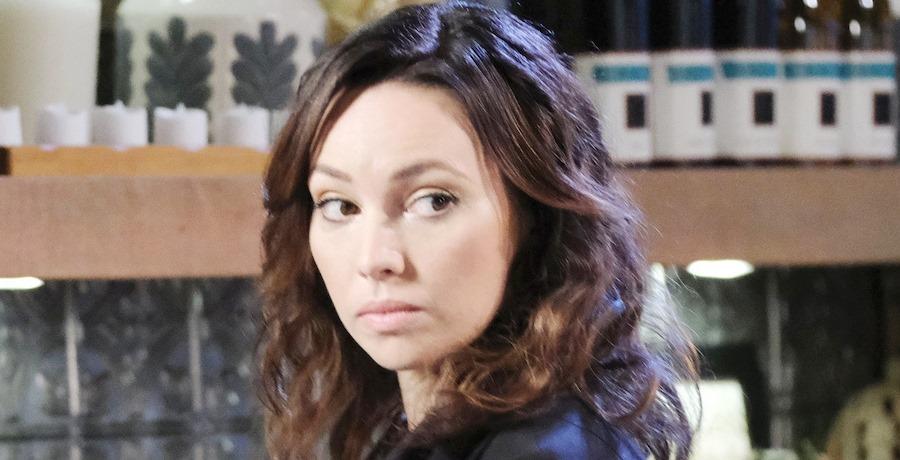Gwen Rizczech (Emily O'Brien) / NBC