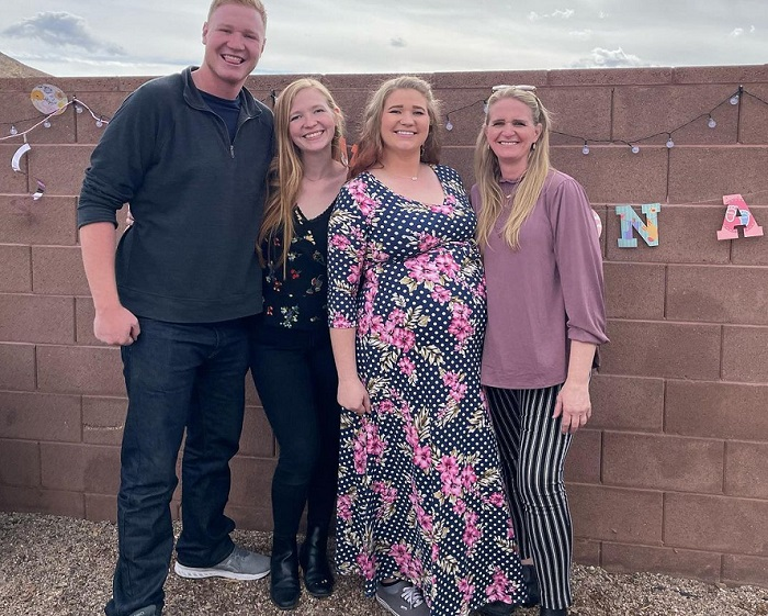 Sister Wives - Christin Brown without masks