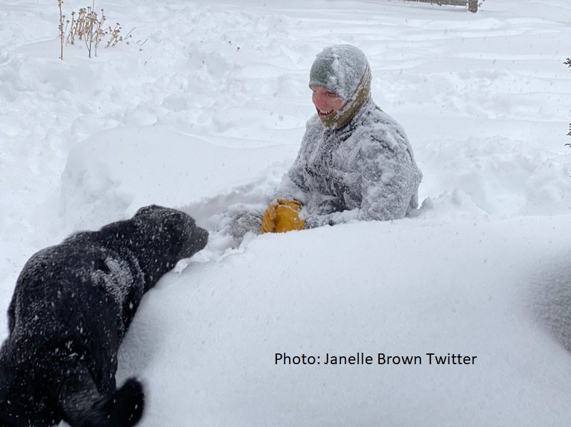 Sister Wives - Janelle Brown Snow Pic