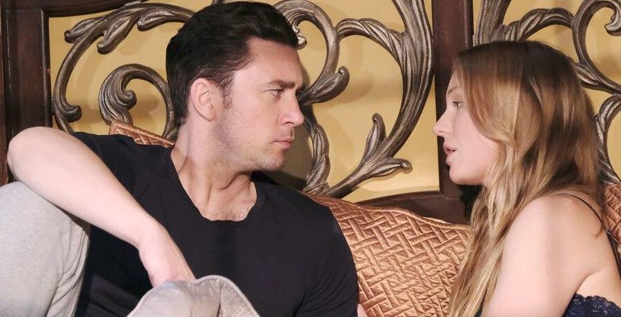 Chad DiMera (Billy Flynn) - Abigail Deveraux (Marci Miller) / NBC
