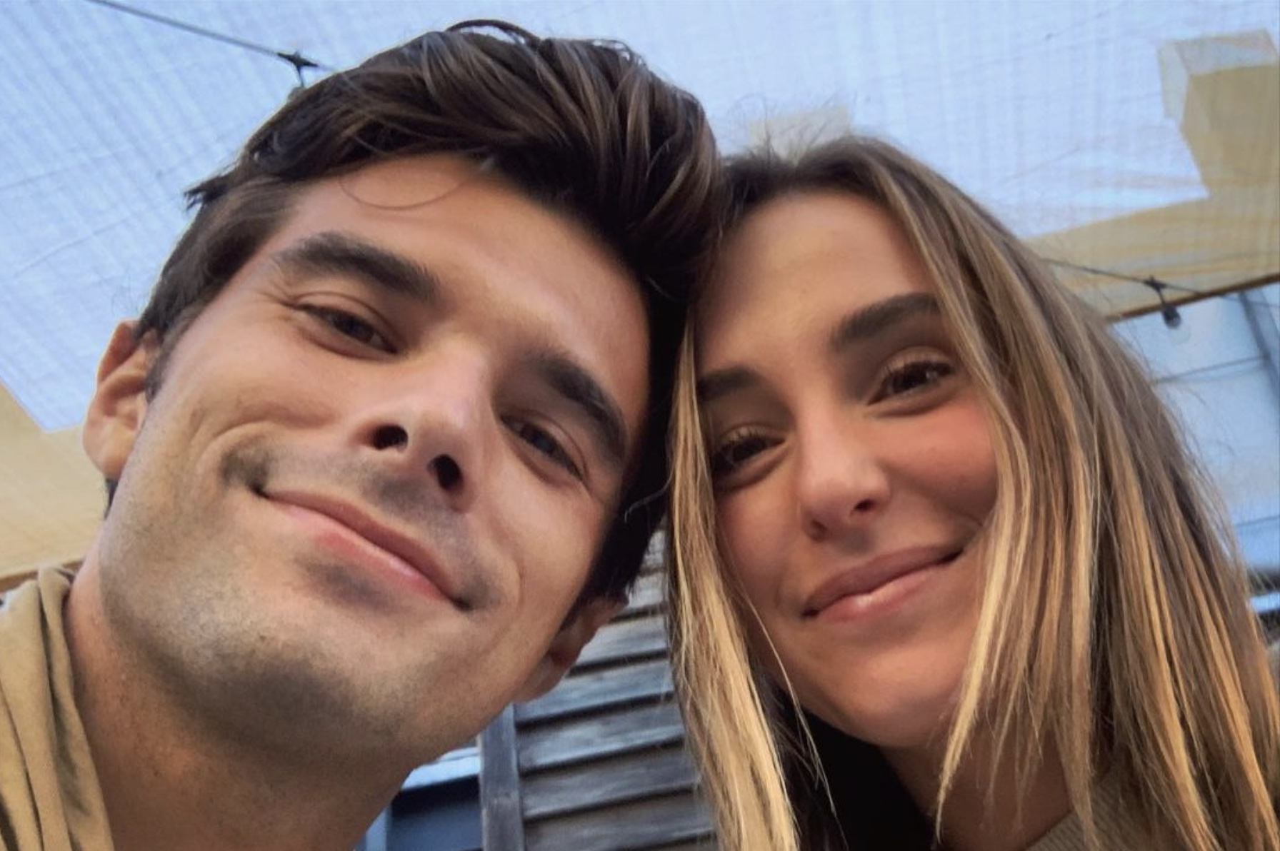 Josh, Lauren Swickard-https://www.instagram.com/p/CEh0niNFK76/