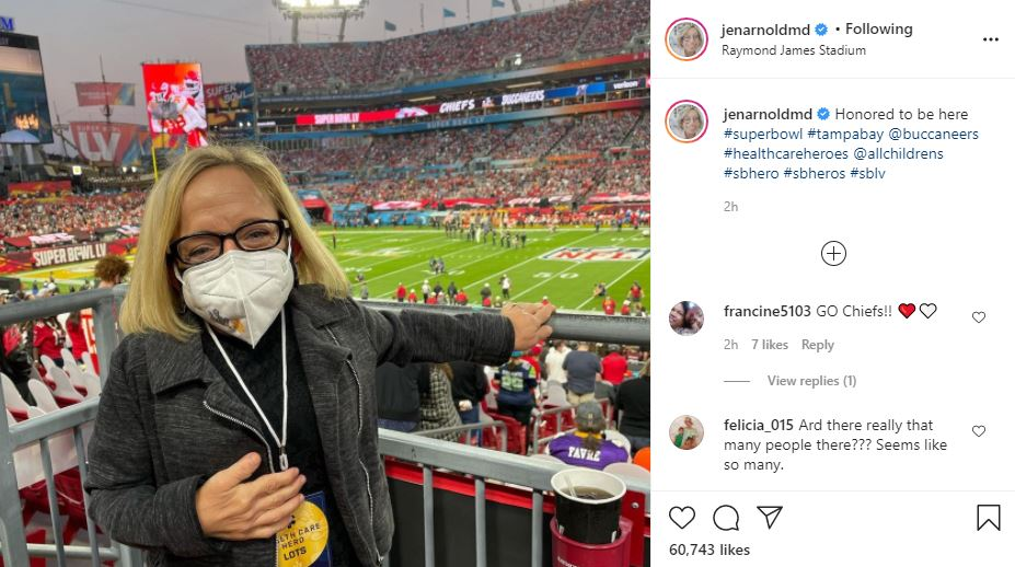 The Little Couple Jen Arnold Attends The Super Bowl