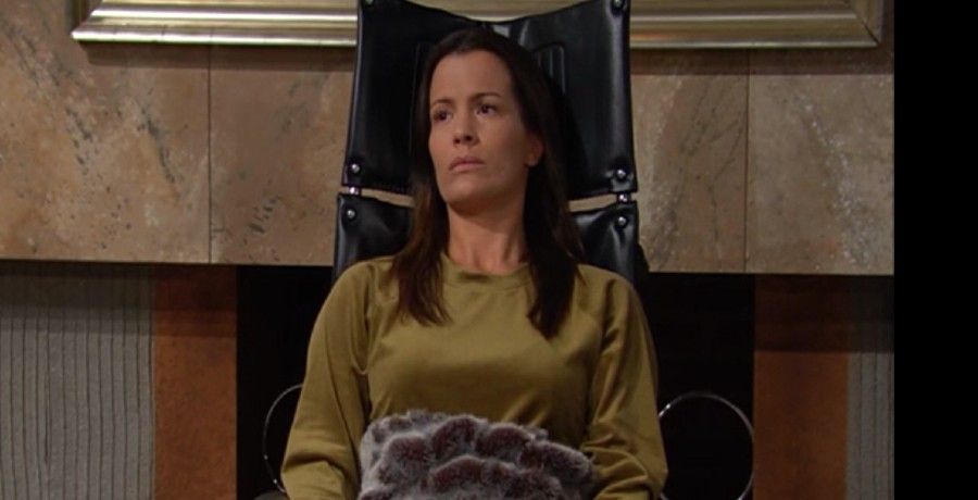 Chelsea The Young and the Restless (3)