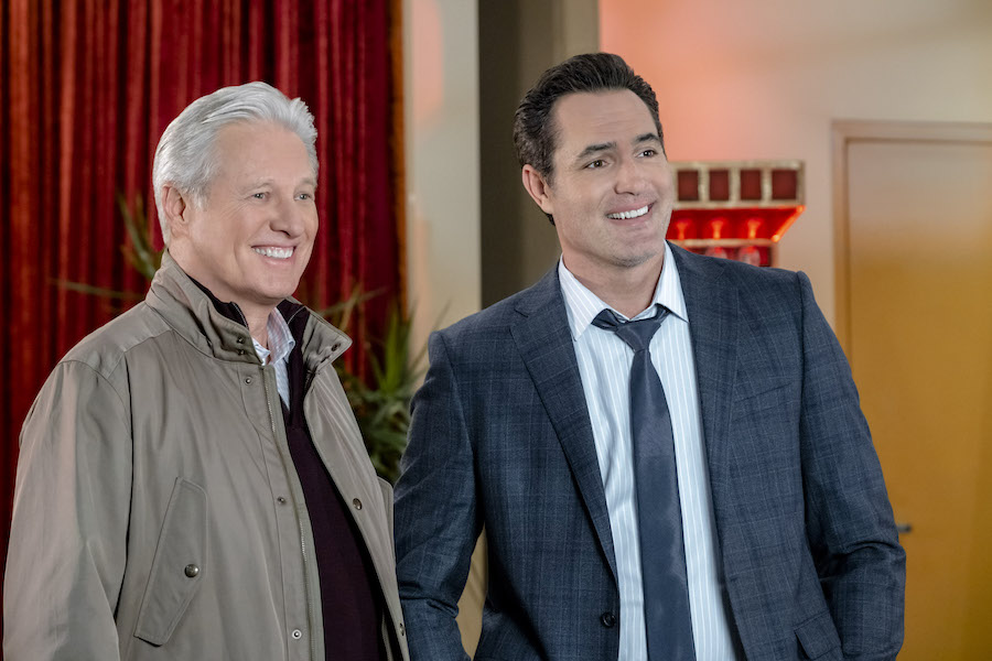 Hallmark, Matchmaker Mysteries, Photo: Bruce Boxleitner, Victor Webster Credit: ©2021 Crown Media United States LLC/Photographer: David Dolsen