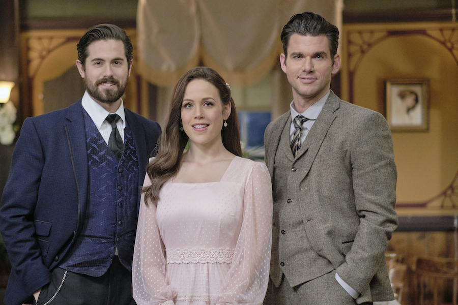 When Calls The HeartPhoto: Chris McNally, Erin Krakow, Kevin McGarry Credit: ©2021 Crown Media United States LLC/Photographer: David Dolsen