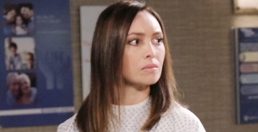 Gwen Rizczech (Emily O'Brien) - NBC